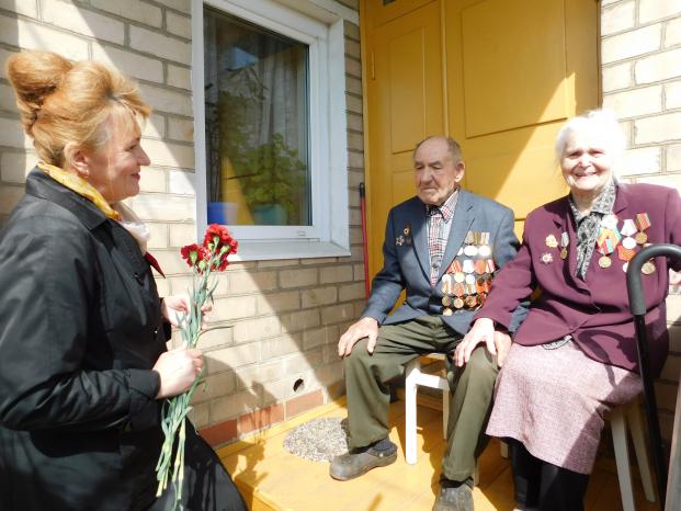 Поздравление семьи Богатых Николая Михайловича и Нины Семеновны с Днём Победы 7 мая 2020 г.