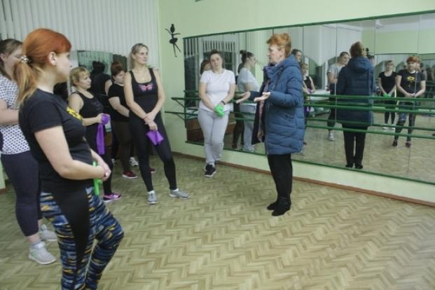 Встреча с участницами фитнес-тренировки в средней школе № 14