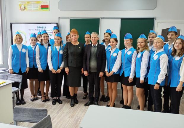 Посещение 21 сентября 2021 года Полоцкой государственной гимназии № 1 им. Франциска Скорины, которой присвоен статус «Школа мира»